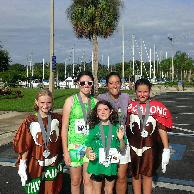Know what makes the #ThinMintSprint a fun run? The cookies Tagalong! Haha @gswcf @tbbloggers #GirlScouts #willforcookies #fitkids #FFkids #FFcheckin #fitfamily #fitmomsrock #fitmoms #FitMadeFun #momswhomove #SweatPink #sweatcheck #familythatrunstogetherfinishestogether #runhappy #happypace #happy #smile #instapicoftheday
