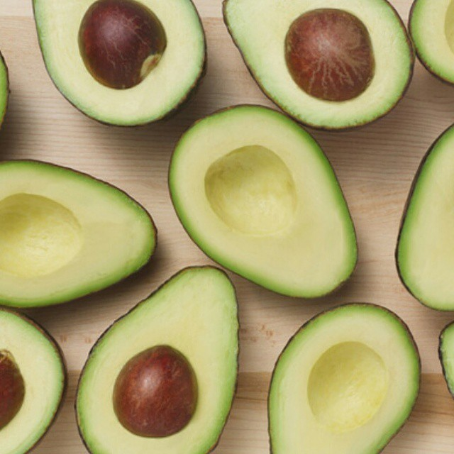 Holy guacamole! Did you know that an avocado is a fruit? Did you one ounce of a Hass Avocado has nearly 20 vitamins and minerals? Find out all the tasty, healthy facts of Hass avocados and enter to win a $50 Visa gift card on my blog. (Link in profile.) You can buy a whole lot of green with that green! #LoveOneToday #ad