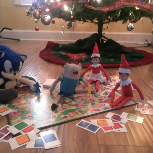Day 11 #elfontheshelf escapades: Giggles and Twinkle played Candy Land with Sonic the Hedgehog and Finn. #AdventureTime #sonic #Christmas #fun #gamers #candyland