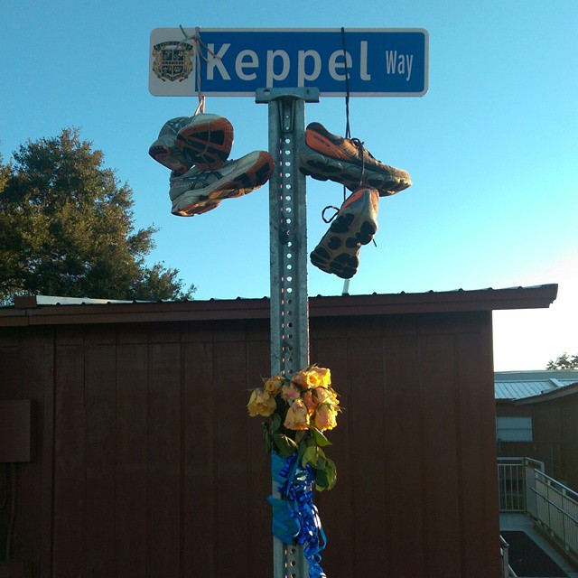 Feeling somber and emotional after passing this #memorial for #CoachKeppel at #LOLHS. While I didn't know this beloved #crosscountry #coach, I do know #cancersucks. May his loved ones and students find comfort. @pascoschools #cancer #education #awareness #LandOLakes #highschool #runners #instarunners #love