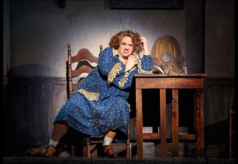 Lynn Andrews as Miss Hannigan