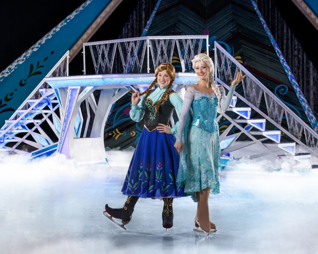 Elsa and Anna - Disney on Ice: Frozen