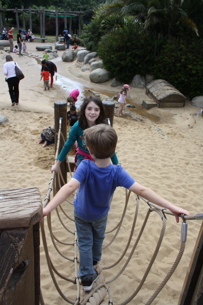 Kensignton Gardens - pirate ship